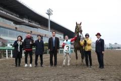 200331 ミカエル・ミシェル騎手最多勝利記録達成-03