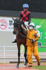 200413 古岡勇樹騎手デビュー戦-01