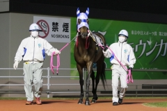 200417 川崎9R 森下博厩務員-01