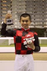 200612 古岡勇樹騎手初勝利-04