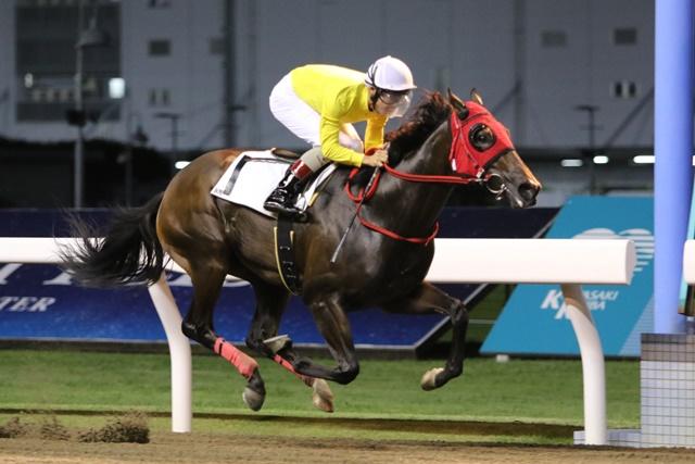 200827 町田直希騎手 通算1000勝達成-01