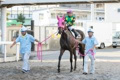200828 森下博厩務員 初勝利-02