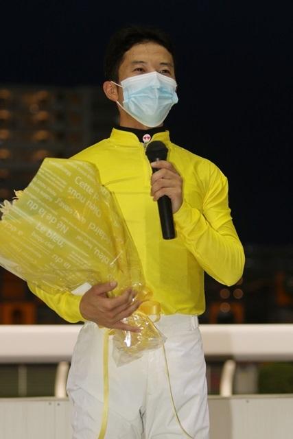 200902 町田直希騎手1,000勝達成報告会-02