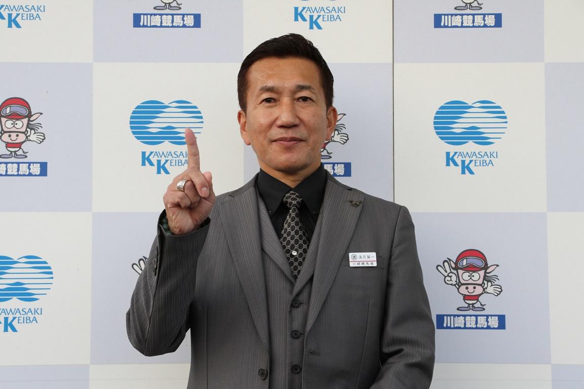201113 高月賢一調教師 1,000勝-04