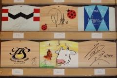 210101 有名人慈善絵馬展-09