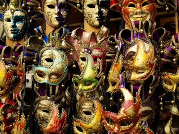 mask-1590809_1280.jpg