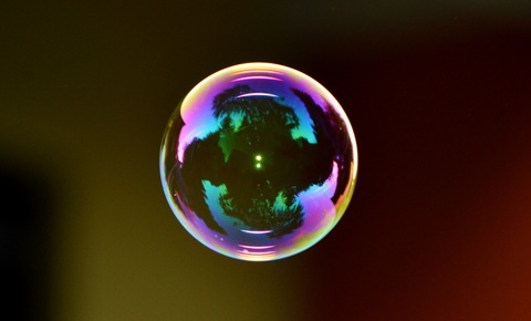 drop-light-glass-green-reflection-color-875003-pxhere-com.jpg