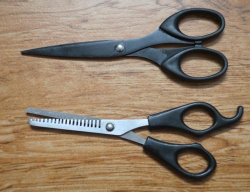 Self-barber (1)