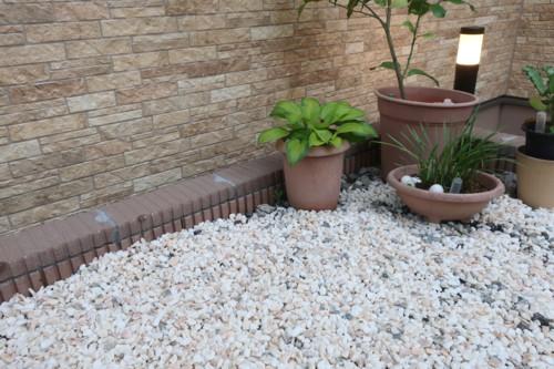 garden pebble stones (30)