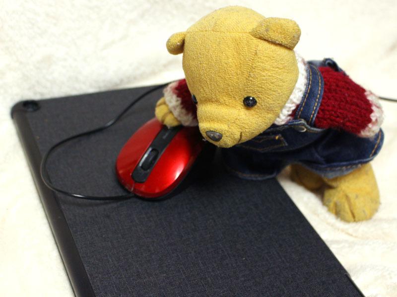 タブレットをマウスパッドに 210101