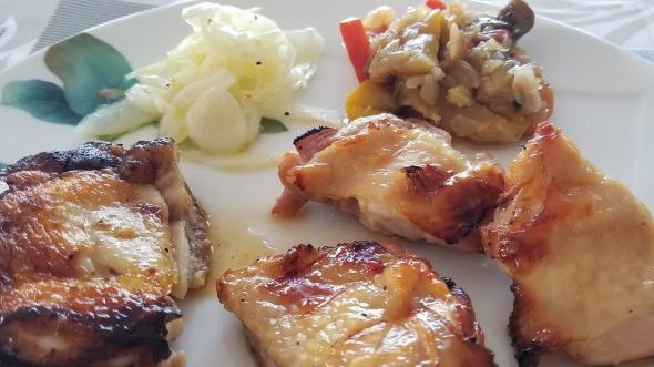 チキン2種:ナンプラー・ニンニク・紹興酒と塩麹 サムネイル画像