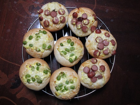 惣菜パン202011