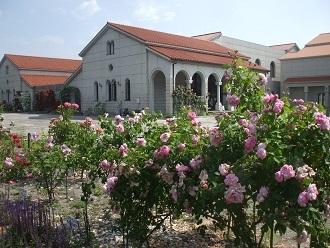 豊科美術館