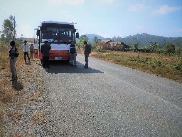 3 11.11.17バスの旅 シェンクワンからビエンチャンへの続き (19)