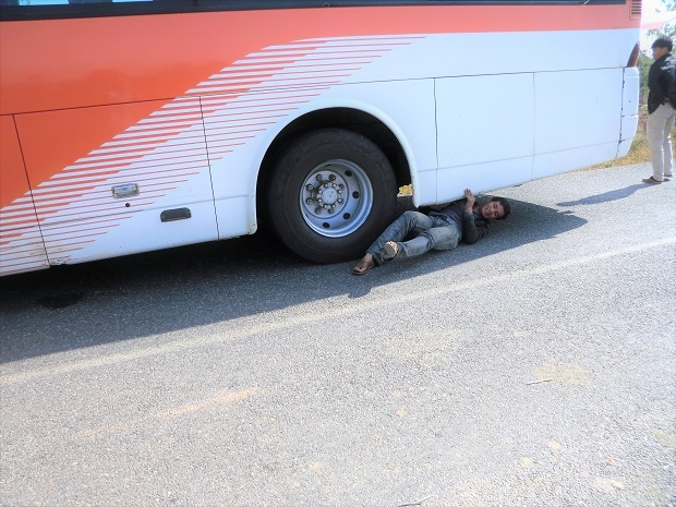 4 11.11.17バスの旅 シェンクワンからビエンチャンへの続き (20)