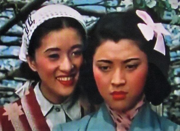 4 20.12.15 映画「花の中の娘たち」「にごりえ」 (32)