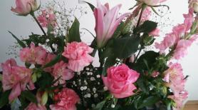 ピンクの花束3