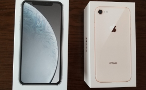 ドコモのiPhone XR、と iPhone 8