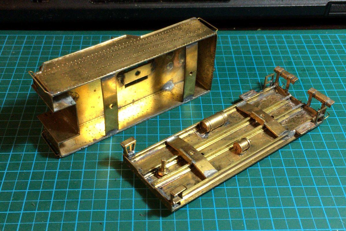 a12_trim_mokeisha_k-28_tender_IMG_5602.jpg