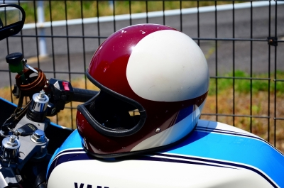 エイジングヘルメット (1)