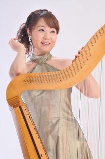 西山まりえ&バロックハープ3(C)Naoya Yamaguchi
