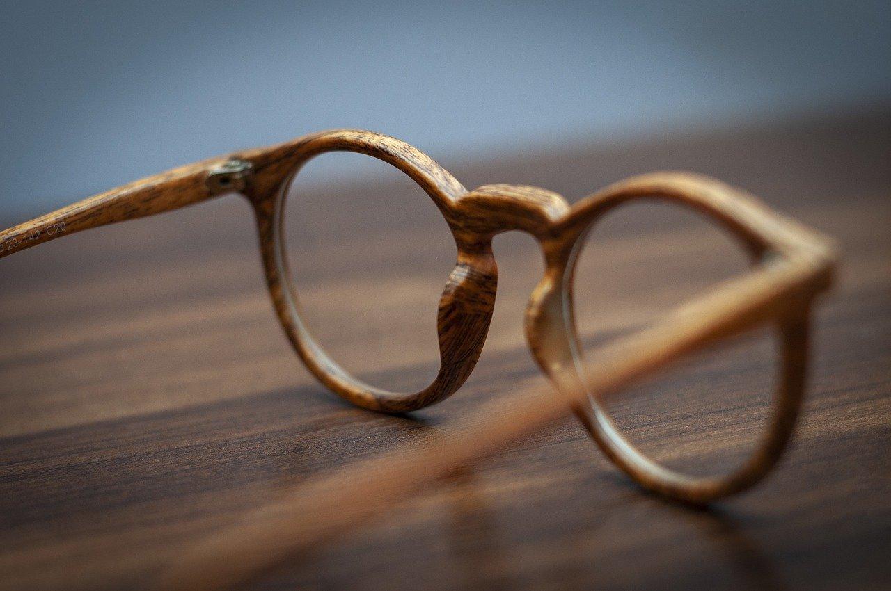 glasses-5486967_1280.jpg