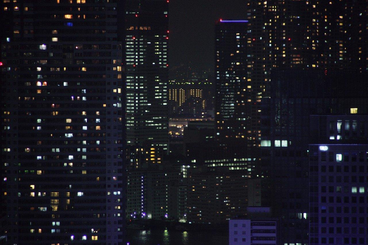 night-view-1304332_1280.jpg