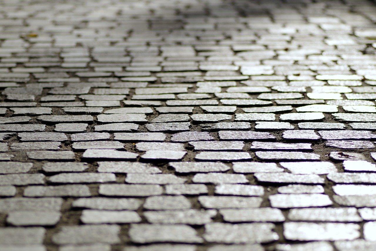 pavement-1696507_1280.jpg