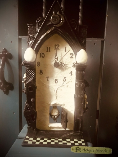 ハンプティの振り子時計