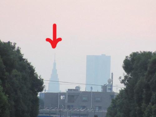 NTTタワービルの先っぽが見えた