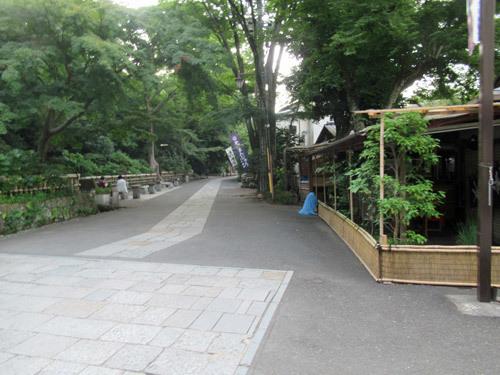 深大寺の門前
