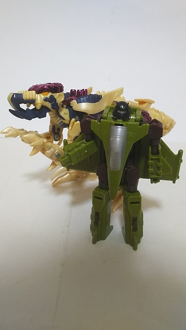 BW-M-Dinobot-1.JPG