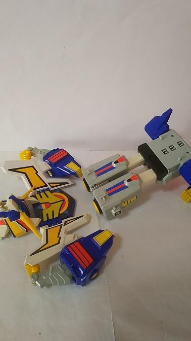 Revolger-6.JPG