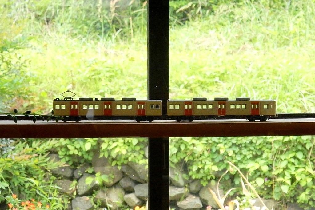 能勢電鉄 210