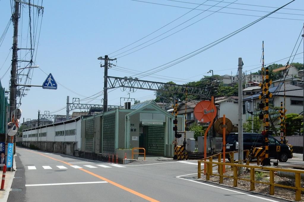 能勢電鉄 352