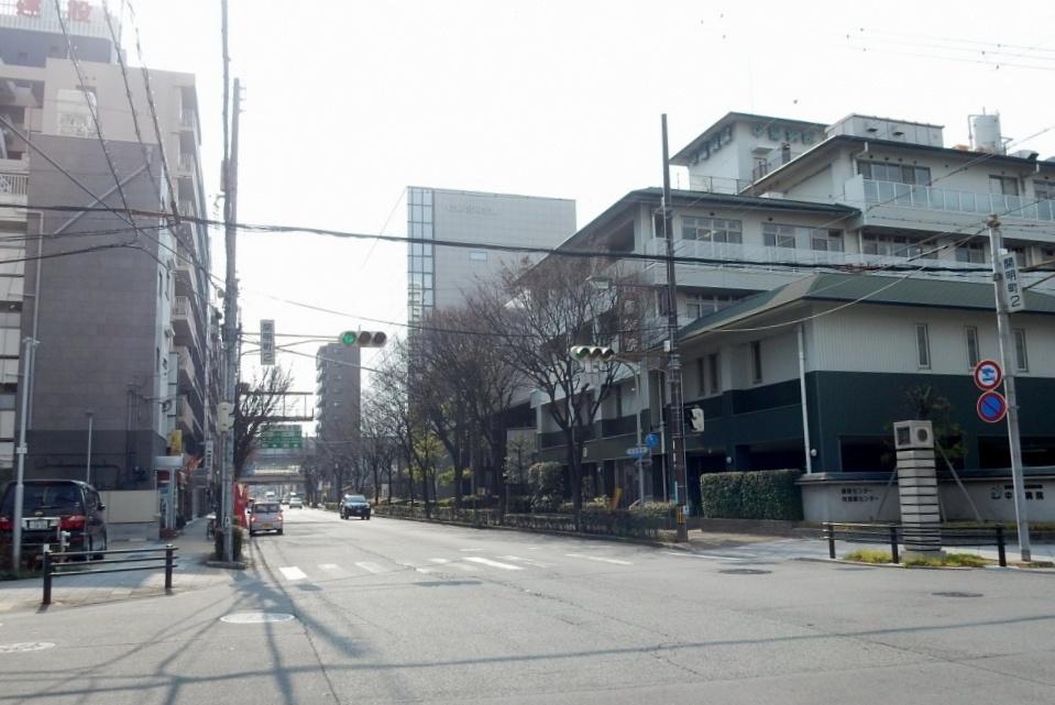 阪神尼崎 252