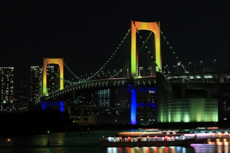 TokyoBayBridge-RainbowLight-Up-01.jpg