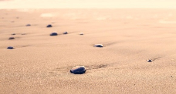 pebbles-801952_640.jpg