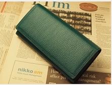 限定販売 緑の財布 多機能財布