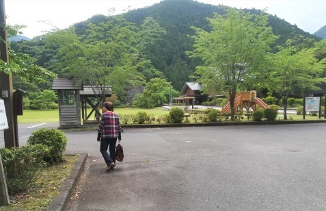 1 十津川温泉 ホテル昴駐車場