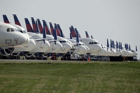 アメリカ国内の旅客機搭乗者数が95・8%減、66年前の人数に激減!