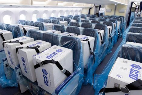 ANAは、ボーイング787型機の客席を貨物スペースに!