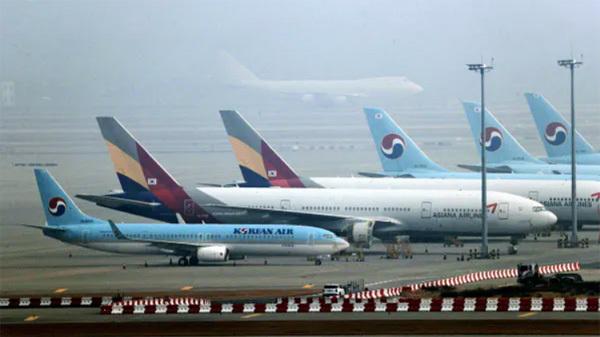 大韓航空は、アシアナ航空を買収!