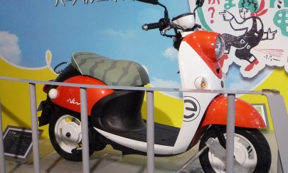 出川ビーノE-Vino(イービーノ)テレビ東京旅バラエティ番組『出川哲朗の充電させてもらえませんか』電動スクーター電気自動車ヤマハ発動機コミュニケーションプラザ実写版ドラマゆるキャン△ SEASON2搖曳露營Laid-Back Camp