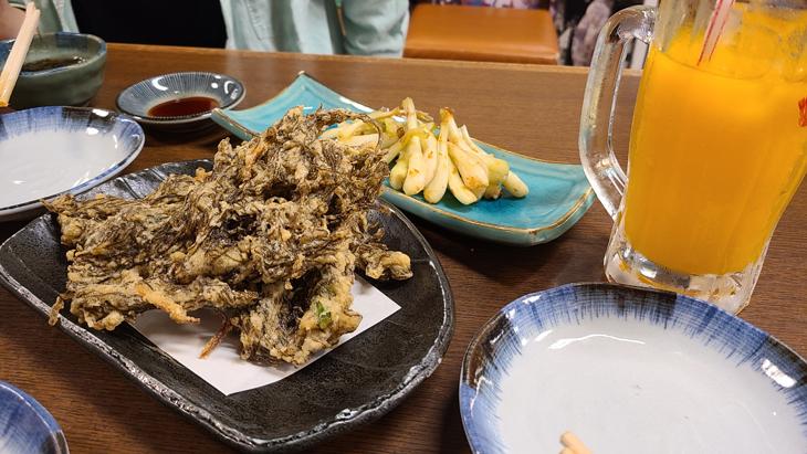 モズク天ぷら・島らっきょう