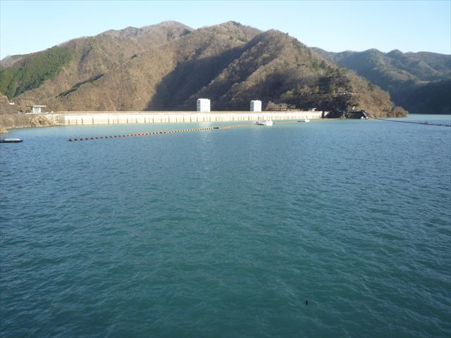 Okutama lake 3_R