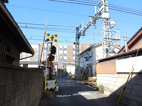京急本線の生麦第三踏切道@横浜市神奈川区a