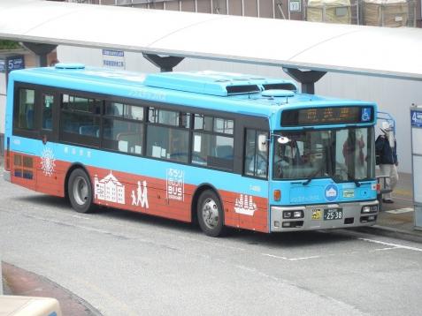 横浜市営バスのぶらり赤レンガBUS