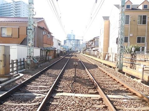 京急本線の生麦第四踏切道@横浜市鶴見区e