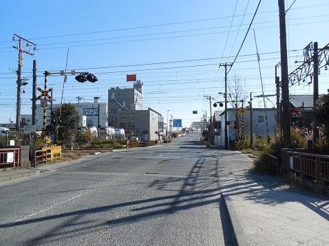 高島線の千鳥橋踏切@横浜市神奈川区a